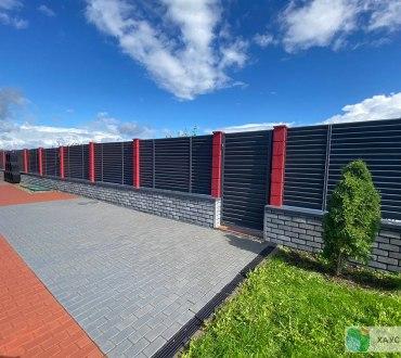 Забор в п. Ропша в Ломоносовском районе (Ленинградская область)