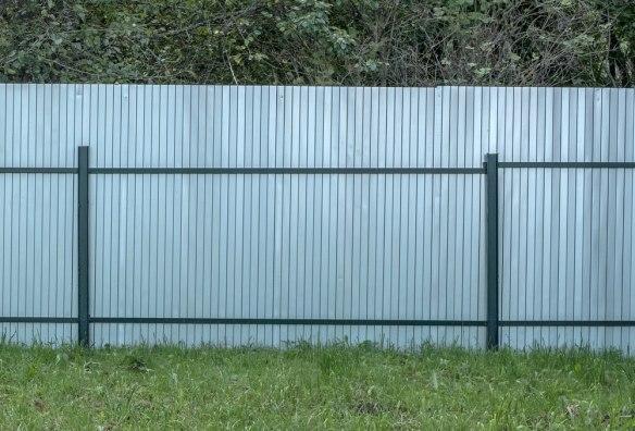 Забор из оцинкованного профнастила Эконом 3